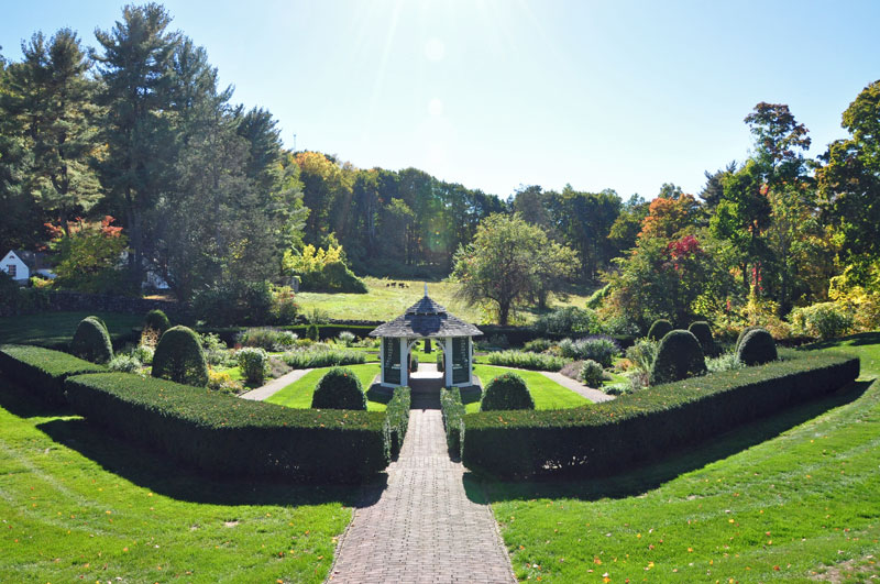 Formal-Sunken-Garden-Hillst - Copy