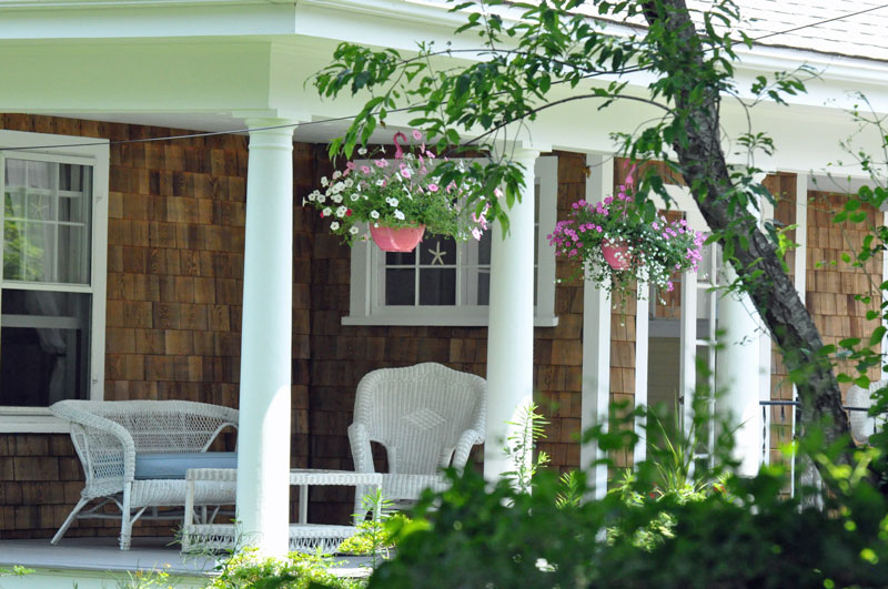 Front-porch-by-the-sea