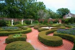 Formal-English-garden-2