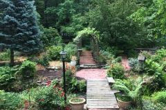 Private Gardens Avon CT (9)