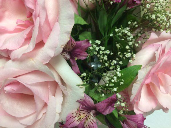 Flower Arrangement, Roses, Baby's Breath